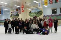 Group-on-Ice1